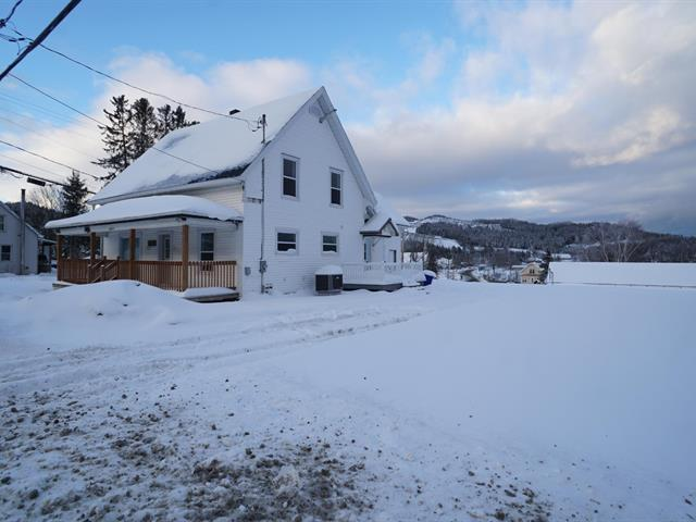 House for sale in East Hereford, Estrie, 426, Rue  Principale, 25726378 - Centris.ca