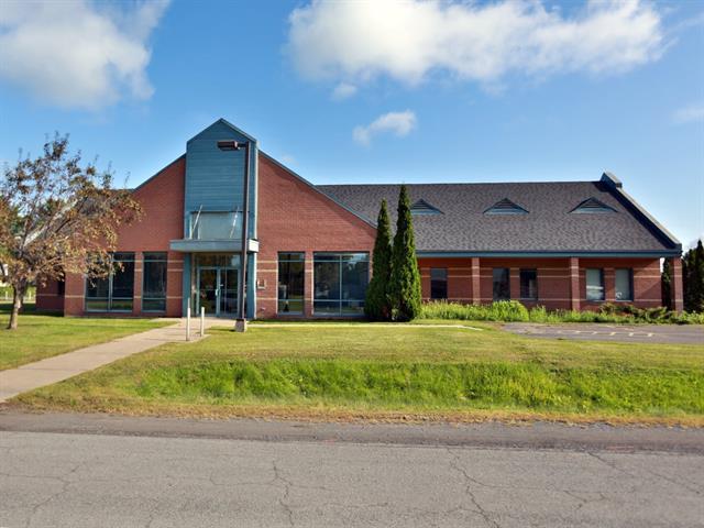 Commercial building for rent in Contrecoeur, Montérégie, 225, Rue  Dansereau, 27157388 - Centris.ca