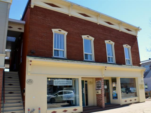 Commercial building for sale in La Tuque, Mauricie, 518 - 524, Rue  Commerciale, 16289767 - Centris.ca