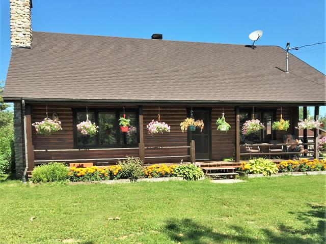 Maison à vendre à Saint-Thomas-Didyme, Saguenay/Lac-Saint-Jean, 40, Chemin  Dédé-Fortin, 19585866 - Centris.ca