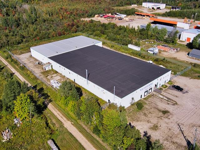 Industrial building for rent in Ripon, Outaouais, 1267, Route  317, 18413500 - Centris.ca