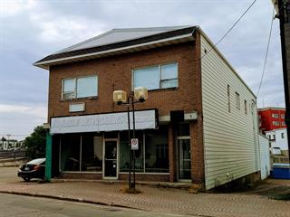 Commercial building for sale in Matane, Bas-Saint-Laurent, 14 - 16, Avenue  D'Amours, 22073395 - Centris.ca