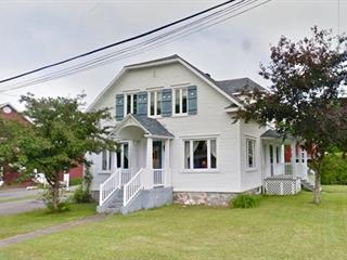 Maison à vendre à Lyster, Centre-du-Québec, 2090, Rue  Bécancour, 27544975 - Centris.ca