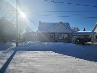 Maison à vendre à Maniwaki, Outaouais, 491, Rue de la Montagne, 28055600 - Centris.ca