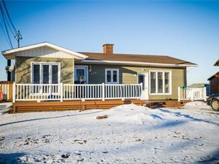House for sale in Sainte-Anne-des-Monts, Gaspésie/Îles-de-la-Madeleine, 104, boulevard  Perron Ouest, 28838063 - Centris.ca