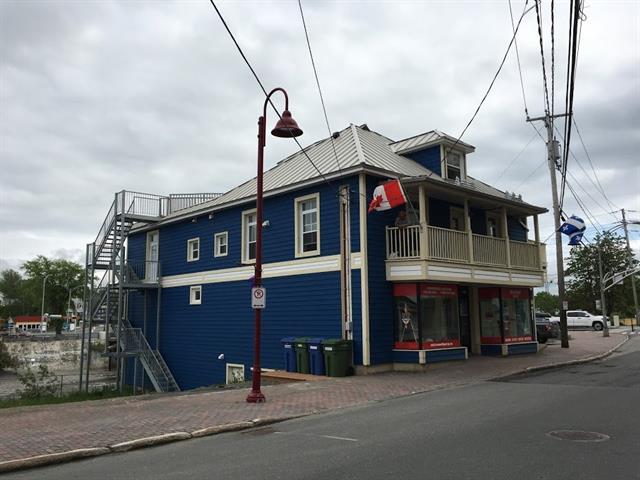 Quintuplex à vendre à Matane, Bas-Saint-Laurent, 286 - 292, Avenue  Saint-Jérome, 23377420 - Centris.ca
