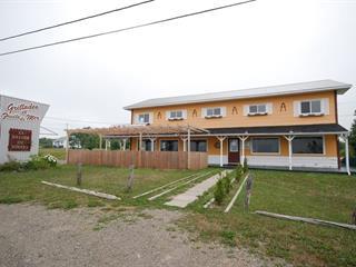 Commercial building for sale in Port-Daniel/Gascons, Gaspésie/Îles-de-la-Madeleine, 390, Route  132, 15180229 - Centris.ca