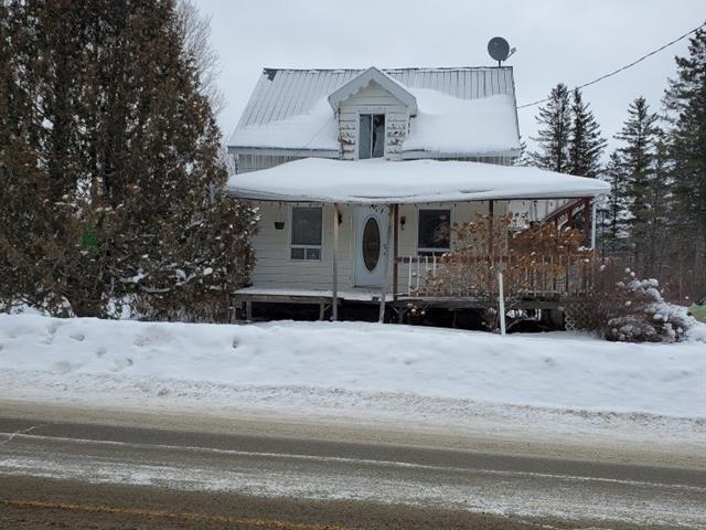 Maison à vendre à La Patrie, Estrie, 26, Rue  Principale Sud, 25728355 - Centris.ca