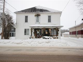 Maison à vendre à Lyster, Centre-du-Québec, 2242, Rue  Bécancour, 10370115 - Centris.ca