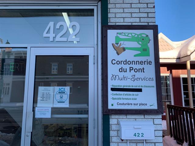 Commerce à vendre à Mont-Laurier, Laurentides, 422, Rue du Pont, 18380260 - Centris.ca