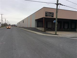 Bâtisse industrielle à vendre à Granby, Montérégie, 677, Rue  Douville, 11963025 - Centris.ca