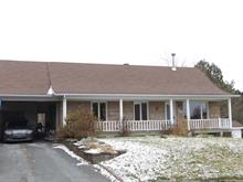 House for sale in Lac-Etchemin, Chaudière-Appalaches, 305, Rue de la Colline, 26075370 - Centris.ca