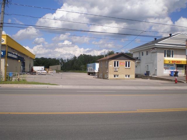 Bâtisse commerciale à louer à Blainville, Laurentides, 856, boulevard du Curé-Labelle, 11767211 - Centris.ca