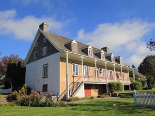 House for sale in Saint-Laurent-de-l'Île-d'Orléans, Capitale-Nationale, 7557, Chemin  Royal, 20986496 - Centris.ca