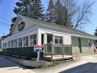 Commercial building for sale in East Angus, Estrie, 168, Rue  Angus Nord, 22104941 - Centris.ca