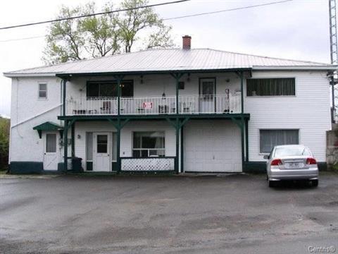 Triplex for sale in Potton, Estrie, 10A - 10B, Rue des Pins, 19208620 - Centris.ca