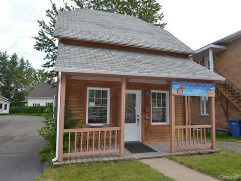 House for sale in Jonquière (Saguenay), Saguenay/Lac-Saint-Jean, 3996, Rue de la Fabrique, 23117943 - Centris.ca