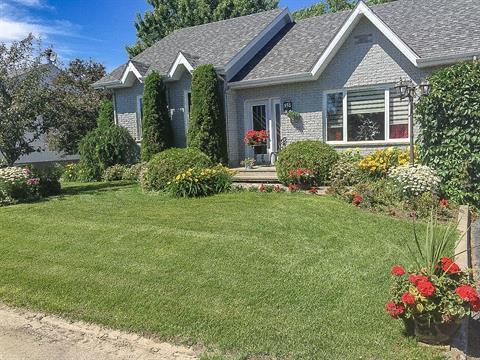 Maison à vendre à Hébertville, Saguenay/Lac-Saint-Jean, 158, Rue  Larouche, 23072955 - Centris