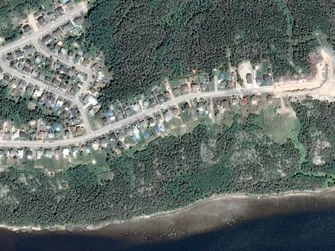 Lot for sale in Baie-Comeau, Côte-Nord, 95, Avenue  Fraser, 17131678 - Centris.ca
