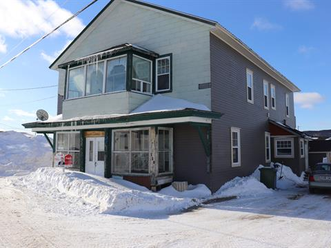 House for sale in Godbout, Côte-Nord, 150, Rue  Pascal-Comeau, 28676190 - Centris.ca
