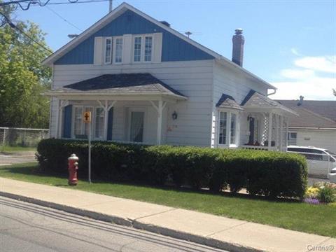 House for sale in Sainte-Thérèse, Laurentides, 339, Rue  Blainville Est, 27467488 - Centris.ca