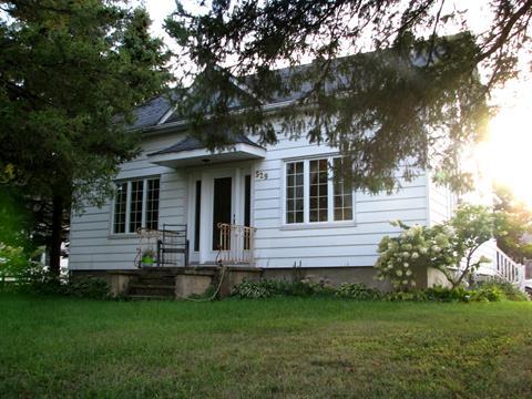 House for sale in Hemmingford - Village, Montérégie, 529, Rue  Bouchard, 13225487 - Centris.ca