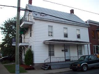 Triplex à vendre à Sorel-Tracy, Montérégie, 138, Rue du Prince, 26438882 - Centris.ca