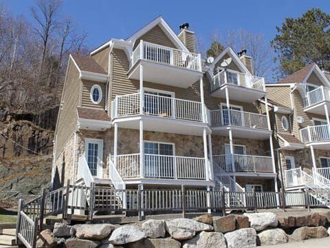 Condo / Apartment for rent in Saint-Sauveur, Laurentides, 729, Rue  Principale, apt. B, 20801365 - Centris.ca
