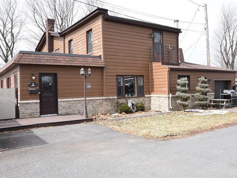 Duplex for sale in Châteauguay, Montérégie, 8 - 10, Rue  Desparois, 15254424 - Centris.ca