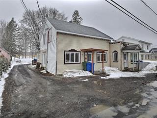 Triplex à vendre à Sayabec, Bas-Saint-Laurent, 8 - 12, Rue de l'Église, 25808882 - Centris.ca