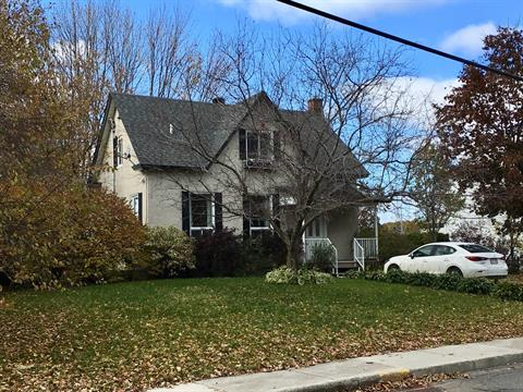 House for sale in Berthierville, Lanaudière, 1220, Rue  De Frontenac, 18676780 - Centris.ca