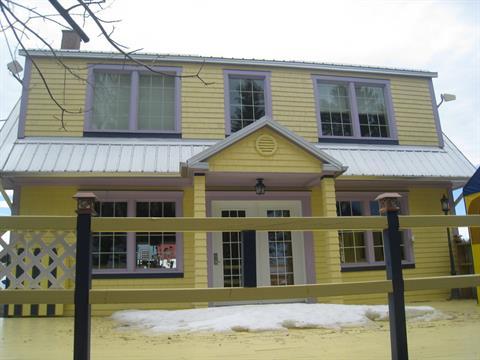 Maison à vendre à Saint-Adelme, Bas-Saint-Laurent, 212, Rue  Principale, 22262403 - Centris