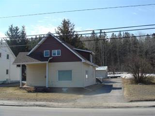 Duplex à vendre à Saguenay (Chicoutimi), Saguenay/Lac-Saint-Jean, 1108 - 1110, boulevard du Saguenay Ouest, 12397016 - Centris.ca