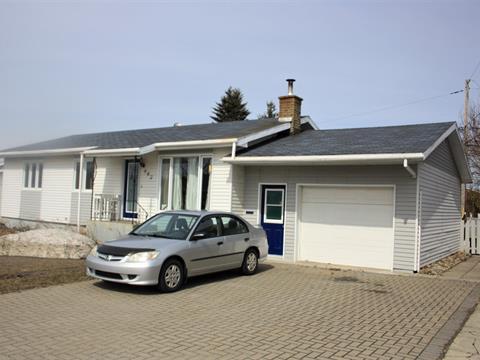 House for sale in Matane, Bas-Saint-Laurent, 642, Rue  Fournier, 14641731 - Centris