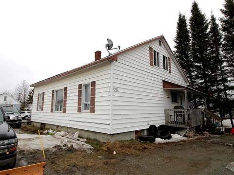 Duplex for sale in Malartic, Abitibi-Témiscamingue, 601 - 603, 2e Avenue, 13343028 - Centris