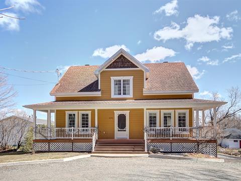 Maison à vendre à Château-Richer, Capitale-Nationale, 8296, Avenue  Royale, 26638314 - Centris
