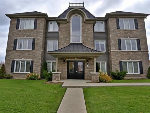 Condo for sale in Coaticook, Estrie, 625, Rue  Merrill, apt. 104, 27588088 - Centris