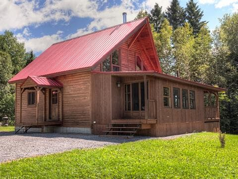 Cottage for sale in Saint-Tite-des-Caps, Capitale-Nationale, 361, Route  138, 23403959 - Centris.ca