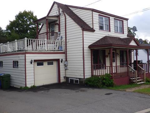 Duplex à vendre à Brownsburg-Chatham, Laurentides, 357 - 359, Rue  Saint-Joseph, 20516667 - Centris.ca
