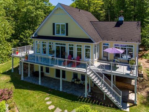 House for sale in Lac-aux-Sables, Mauricie, 530, 5e Avenue Est, 10635300 - Centris.ca