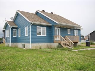 Maison à vendre à Deschambault-Grondines, Capitale-Nationale, 26, Rue  Masson, 26340994 - Centris.ca