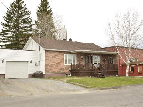 Maison à vendre à Rivière-Bleue, Bas-Saint-Laurent, 41, Rue des Pins Ouest, 18817722 - Centris.ca