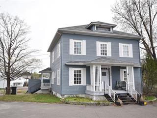 Maison à vendre à Pohénégamook, Bas-Saint-Laurent, 487, Rue  Monette, 13496311 - Centris.ca