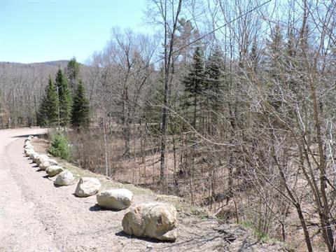 Terrain à vendre à Grenville-sur-la-Rouge, Laurentides, Chemin du Lac-Campbell, 19079340 - Centris