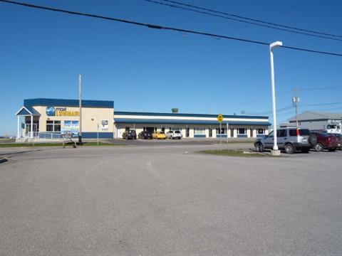 Commercial unit for rent in Rimouski, Bas-Saint-Laurent, 450, 2e Rue Est, 13019158 - Centris