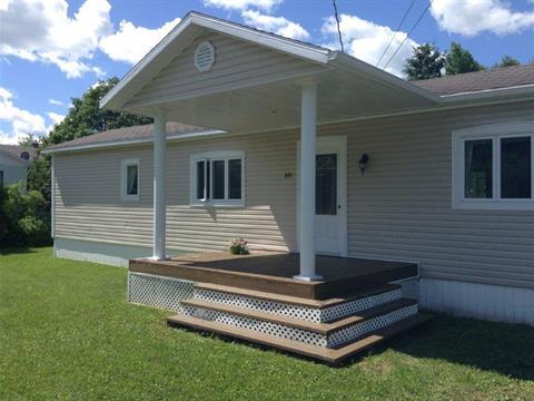 Mobile home for sale in Saint-René-de-Matane, Bas-Saint-Laurent, 405, Rue  Ouellet, 14609126 - Centris