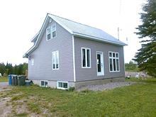Maison à vendre à Pointe-à-la-Croix, Gaspésie/Îles-de-la-Madeleine, 10, Rue  Robitaille, 19008569 - Centris