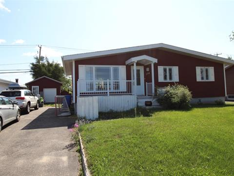 House for sale in Sept-Îles, Côte-Nord, 204, Rue  Holliday, 25265190 - Centris