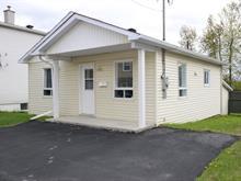 Maison à vendre à Fleurimont (Sherbrooke), Estrie, 530, Rue  Langlois, 28062064 - Centris.ca