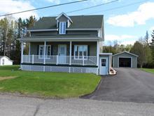Maison à vendre à Lac-au-Saumon, Bas-Saint-Laurent, 16, Rue  Saint-François, 16199604 - Centris.ca